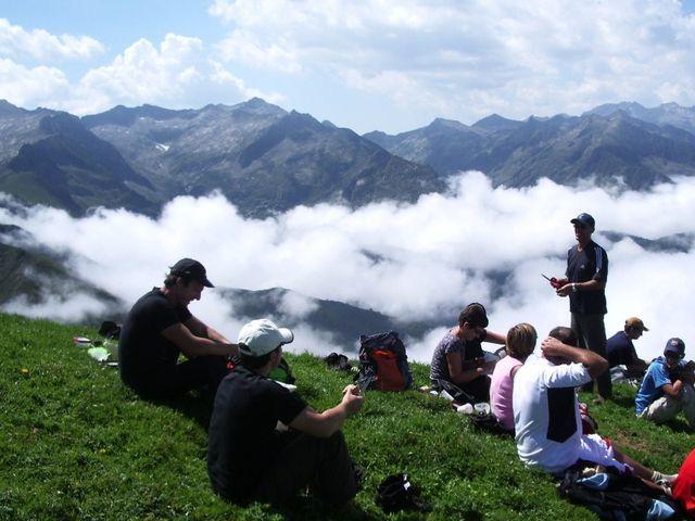 trekking pyrenees retrouvance